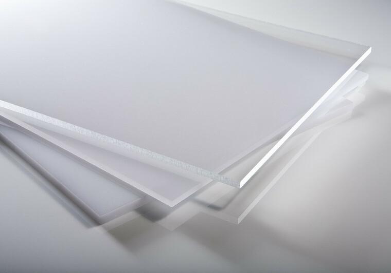 Plexisklo čiré 4 mm PLEXIGLAS® GS