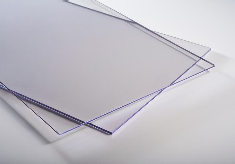 Plný polykarbonát čirý 2mm MAKROLIFE s UV