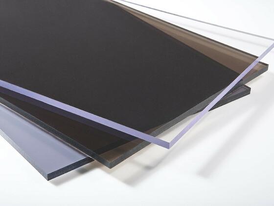 Plný polykarbonát čirý 4mm MAKROLIFE s UV