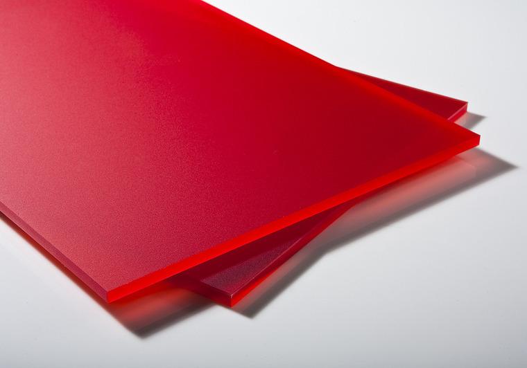 Plexisklo červené satinované 6mm