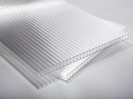 Polykarbonátová deska čirá 10 mm 4W (čtyřstěnná)