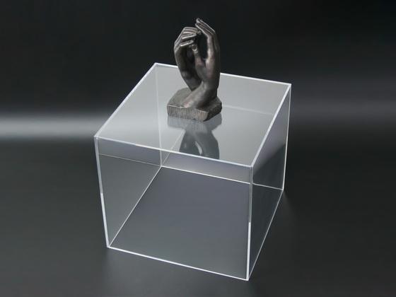 Vitrína z plexiskla čirá 75x75x126 cm