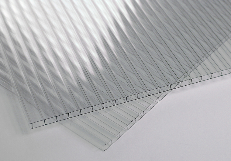 Polykarbonátová deska čirá 4 mm 2W