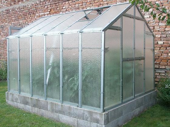 Polykarbonátový skleník J3