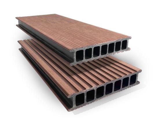 Prkno terasové dřevoplastové Twinson Terrace odstín vlašský ořech