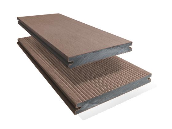 Prkno terasové dřevoplastové Twinson Massive odstín lískový ořech